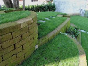 Restauro giardino caravaggio bergamo progettazione giardini for Giardini rocciosi progettazione