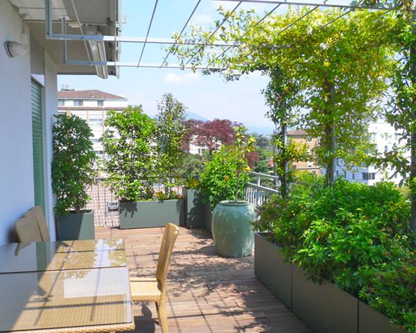 Terrazza urbana progettazione giardini for Giardini in terrazza immagini