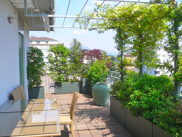 Giardino Pensile In Terrazzo: Nuovo bilocale con terrazza e giardino pensile c.