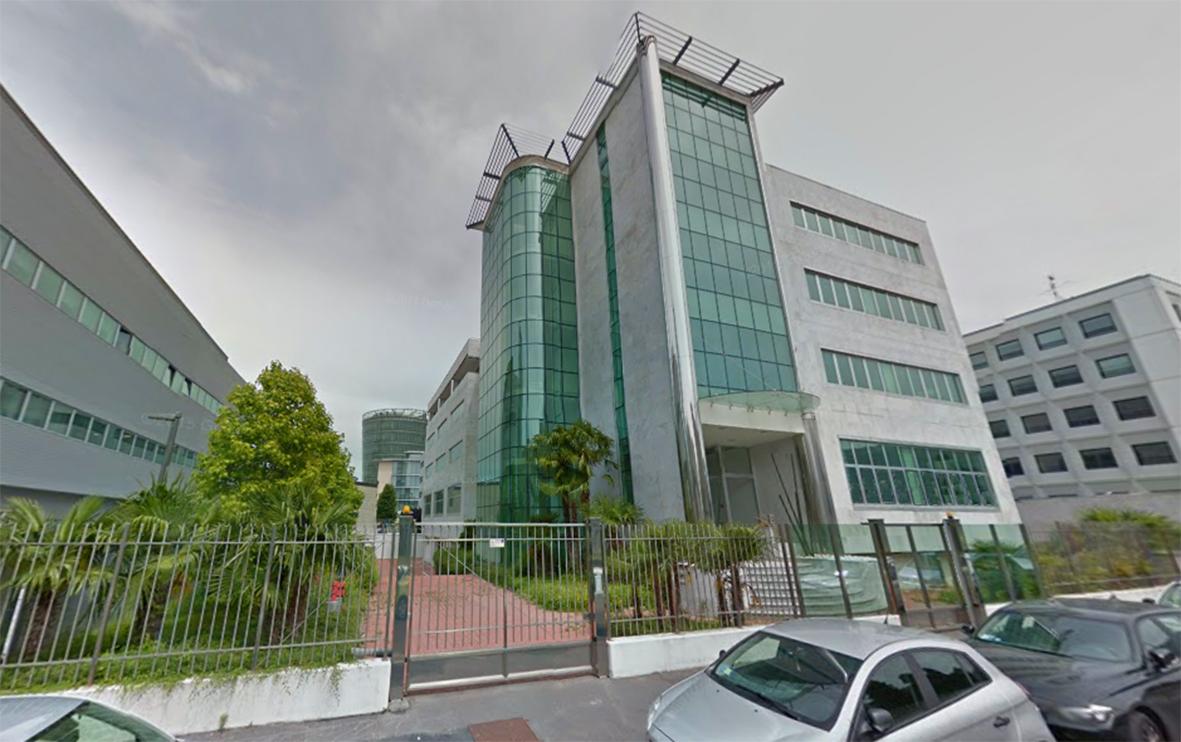 Verde per uffici progettazione giardini for Zara uffici milano